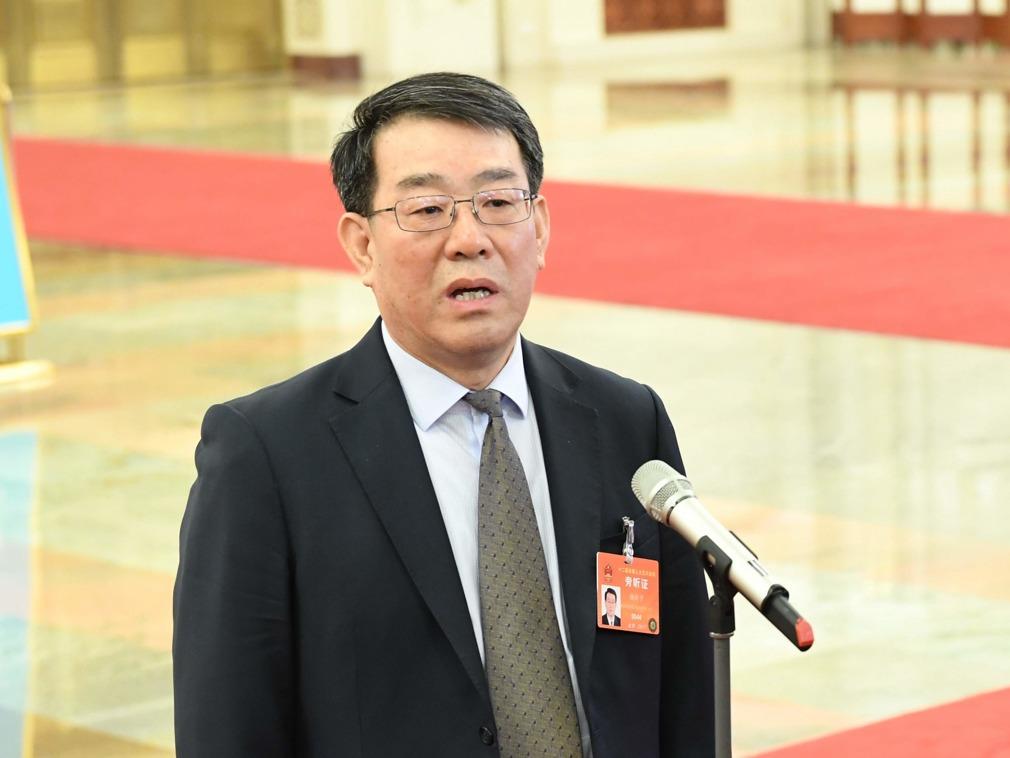 """""""消失""""数月后 安监局长杨焕宁被降级"""